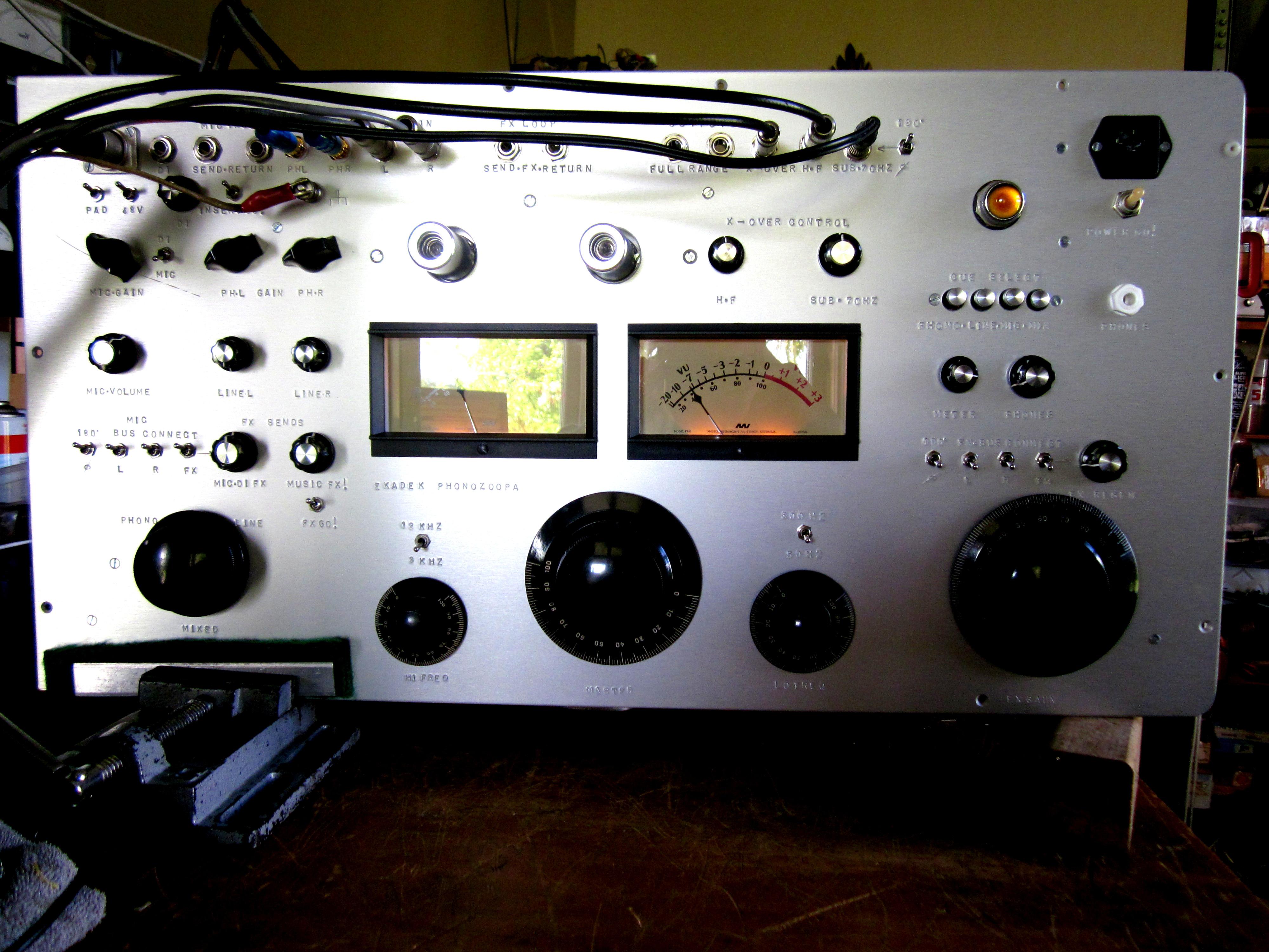 Ekadek Single Transistor Audio Mixer Luxury Phonozoopa